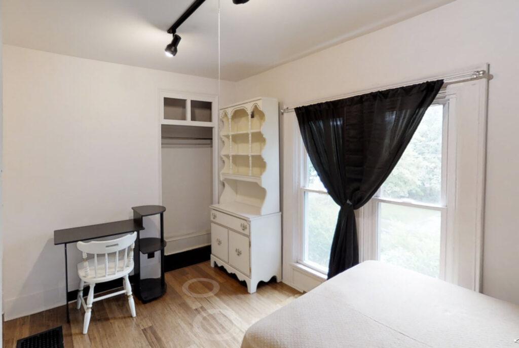 2 Spring Street, 2 Bedrooms